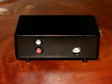 LUX-OP2 ケース背面.png
